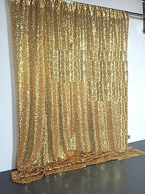 gold-backdrop